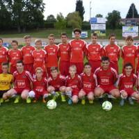 Les deux équipes U15 en compagnie de leurs éducateurs